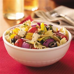 Italian-Basil-Pasta-Salad_exps42893_FFP1753683D01_08_1bC_RMS